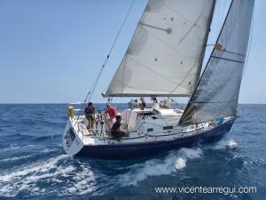Navegar en Primavera (TETE First 36.7)
