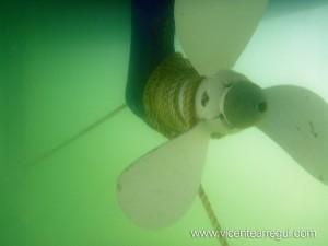 Enredo en la hélice - Cabo enredado en la hélice